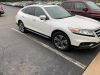 This 2014 Honda Crosstour EX-L is offered to you for