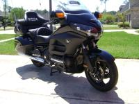 LOOK NO FURTHER!  PERFECT GOLDWING! SHE HAS FACTORY