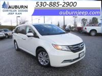 LEATHER, MOON ROOF, BACKUP CAMERA! This wonderful 2014
