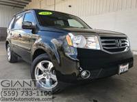 Giant Chevrolet is proud to offer this 2014 Honda Pilot