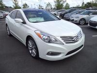 This 2014 Hyundai Azera 4dr 4dr Sedan Limited Sedan