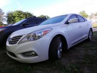 PREMIUM & KEY FEATURES ON THIS 2014 Hyundai Azera