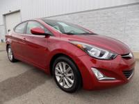 FUEL EFFICIENT 38 MPG Hwy/28 MPG City! CARFAX 1-Owner.