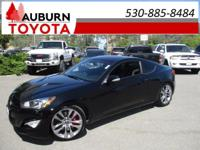CRUISE CONTROL, LEATHER, ONE OWNER! This 2014 Hyundai