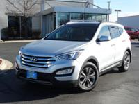 Exterior Color: moonstone silver, Body: SUV, Engine: I4