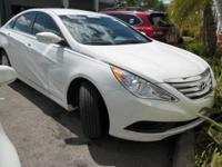 Bluetooth and No accidents Clean Carfax. Sonata GLS,