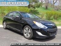 Exterior Color: eclipse black, Body: Sedan, Fuel: