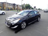 Don't miss out on this 2014 Hyundai Sonata Hybrid