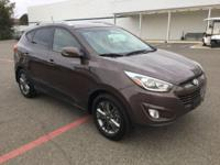Great MPG: 28 MPG Hwy! CARFAX 1 owner and buyback