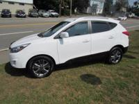 Look at this 2014 Hyundai Tucson FWD!!! A great value,