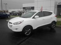 Exterior Color: winter white, Body: SUV, Engine: 2.4L