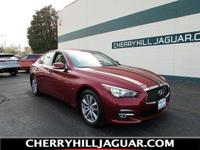 A MUST SEE!!!!!!* 1 OWNER CLEAN CARFAX, * NAVIGATION, *
