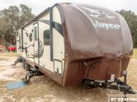 Perfect for any family camping trip, the 2014 Jayco