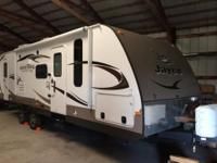 Almost new 2014 Jayco Whitehawk 28dsbh bunkhouse travel