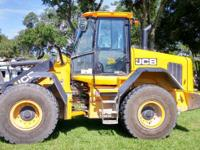 2014 JCB 427 ZX Good Condition the JCB 427 ZX is