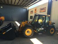 2014 JCB 527-58 Agri Cab-Heat-A/C LSD Axles Smooth Ride