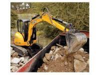 The 8035 ZTS compact excavator also has single-acting