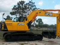 2014 JCB JS220 Has Hydraulic Thumb and Bucket the JCB