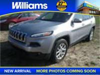 Options:  2014 Jeep Cherokee Latitude|Silver|Perfect