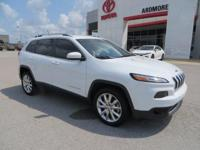 2014 Jeep Cherokee Limited Clean CARFAX. 28/19