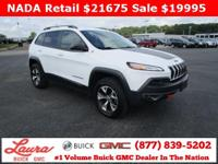 1-Owner New Vehicle Trade! Trailhawk 3.2 V6 4x4.
