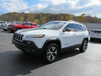 New Price! CARFAX One-Owner. 2014 Jeep Cherokee 3.2L V6