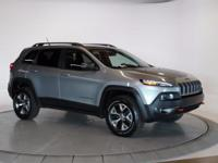 2014 Jeep Cherokee Trailhawk CARFAX One-Owner. Clean