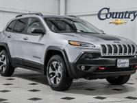 Cherokee... Trailhawk... 4WD... 2.4 i4... 9-Speed