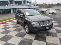 Gray 2014 Jeep Compass Latitude 4WD 6-Speed Automatic