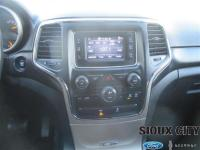 2014 Jeep Grand Cherokee Laredo 4WD. 3.6L V6 Engine,
