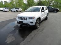 Parking aid. 4WD! Flex Fuel!  This 2014 Grand Cherokee