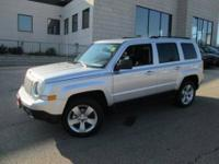 Looks Fantastic! Heated Front Seats, Satellite Radio,