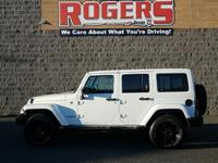 ***HEATED LEATHER SEATS***HARD TOP***TOWING