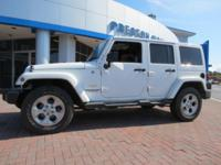 2014 Jeep Wrangler Unlimited Sahara 4WD White 5-Speed