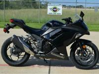 2014 Kawasaki ninja 300 ABS SE---Asking for 5000