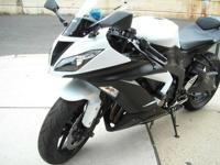 This low mileage, ABS equipped 2014 Kawasaki Ninja ZX6R