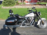 2014 Kawasaki Vulcan 1700 Nomad Motorcycle, 5 odometer