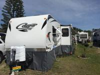 2014 Keystone Cougar travel trailer. 1/2 ton series,