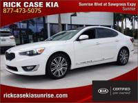 2014 Kia Cadenza Premium in White, Roadside Assistance,
