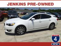 Low miles for a 2014! Navigation, Bluetooth, Auto
