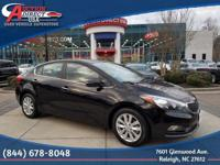 Backup Camera, Bluetooth, Alloy wheels, Front fog