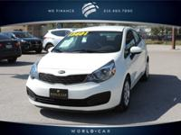 EPA 37 MPG Hwy/27 MPG City! CARFAX 1-Owner, Excellent