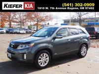 This 2014 Kia Sorento EX includes a backup sensor, push