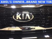 Black 2014 Kia Sorento LX AWD 6-Speed Automatic with