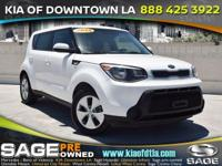 White 2014 Kia Soul 4D Hatchback FWD 6-Speed Automatic