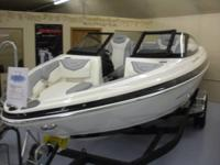 extremely high end 21' Larson sport watercraft powered