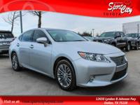 NEW TIRES! Carfax One Owner, LUXURY PKG, NAVIGATION,