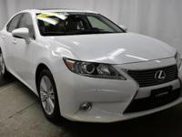 This 2014 Lexus ES 350 is proudly offered by Lujack