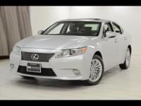 2014 Lexus ES 350 Finished with Silver Lining Metallic