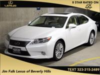LOW MILES-LUXURY PKGE-NAVIGATION-ONE OWNER!! Your